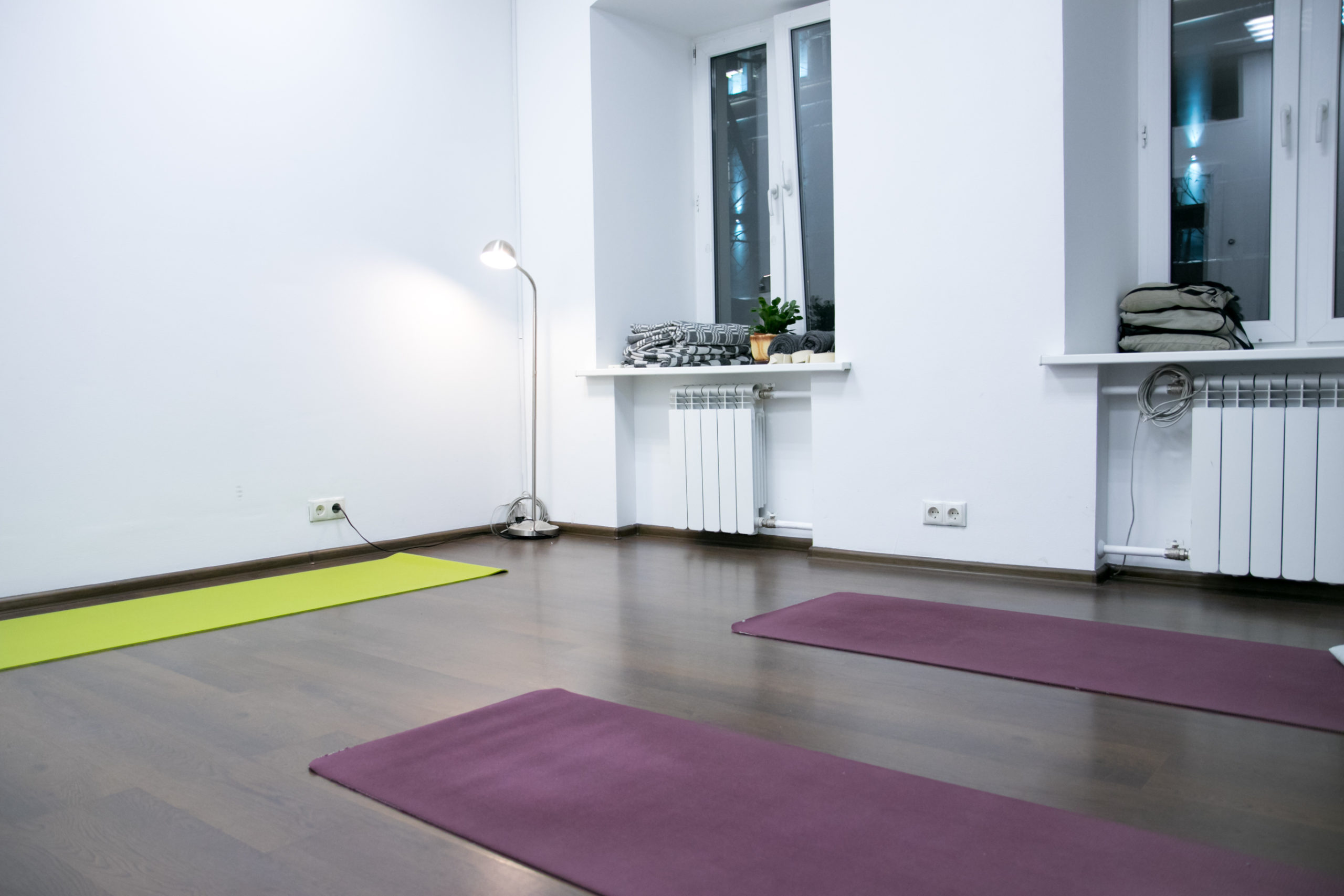 Retunsky Yoga Studio. Малый зал